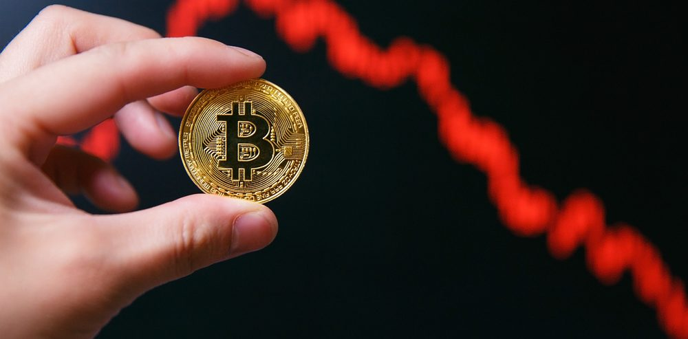 Bitcoin Price Will Tank to 'Zero', Claims Investment Firm Chief at Davos
