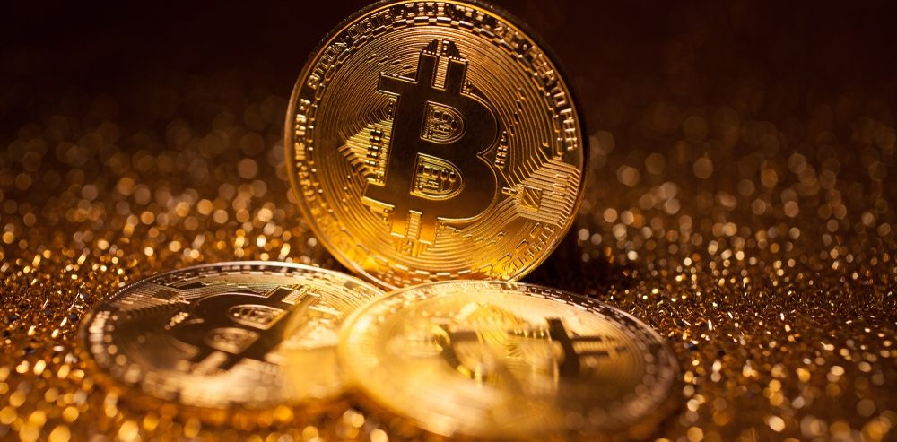 Bitcoin Investors Are Abandoning Crypto for Gold during the Bear Market: Vaneck CEO