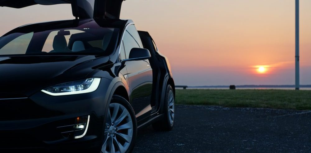 Tesla's Model S and X Now Sport the Same 100kWh Battery Pack; Will it Simplify Production?