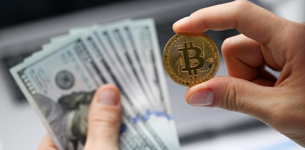 Traders Who Shorted Bitcoin From All-Time High $20,000 are Cashing Out: Is The Bottom is Near?