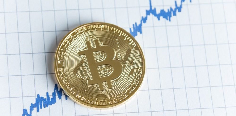 Bitcoin to Secure First Positive Month Since July 2018, When Will Stalemate Break?