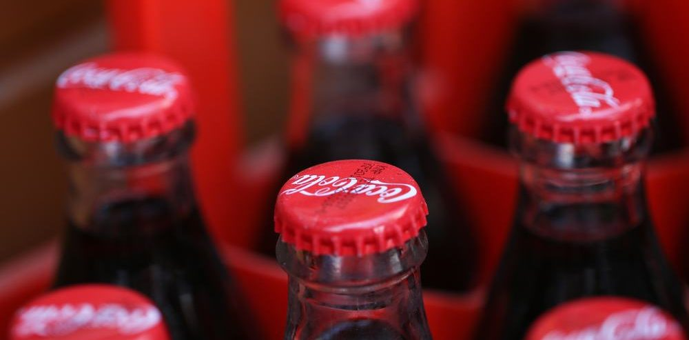Pepsi Thrives While Coke Fizzles in Worst Trading Day Since 2008