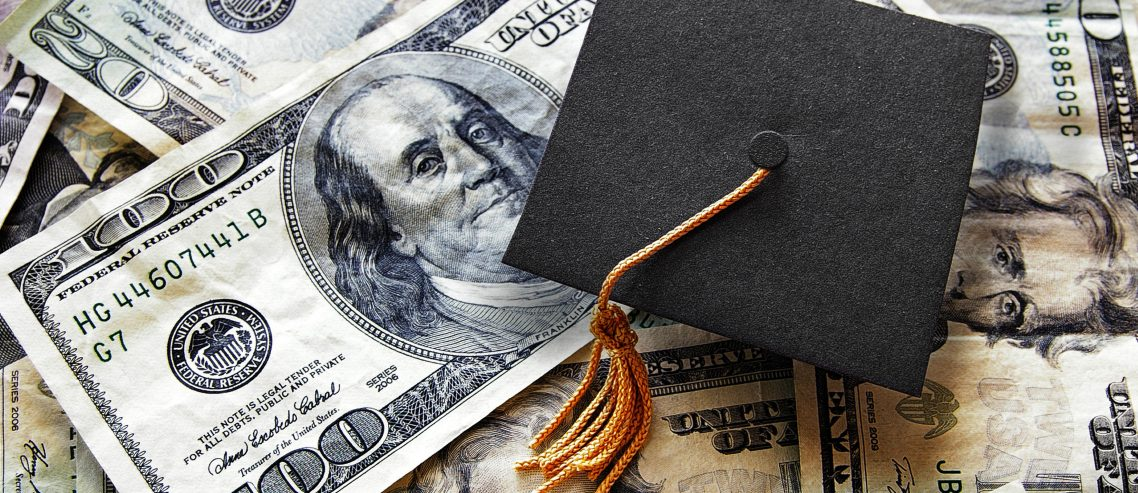 Florida Delicenses Healthcare Workers That Default on Student Loans