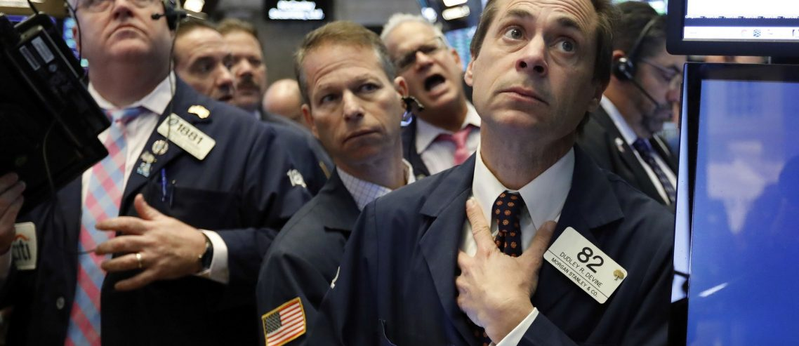 Dow on Shaky Ground as U.S. Stock Market Approaches 'Moment of Truth'