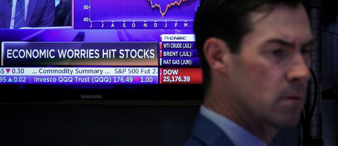 Dow Sputters as Trade War Butchers Key Stocks Apple & Boeing