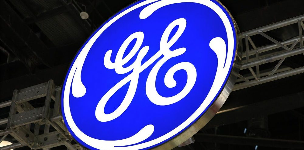 GE Ignites 100-Startup Fire Sale in Last-Ditch Bid to Save Crumbling Stock