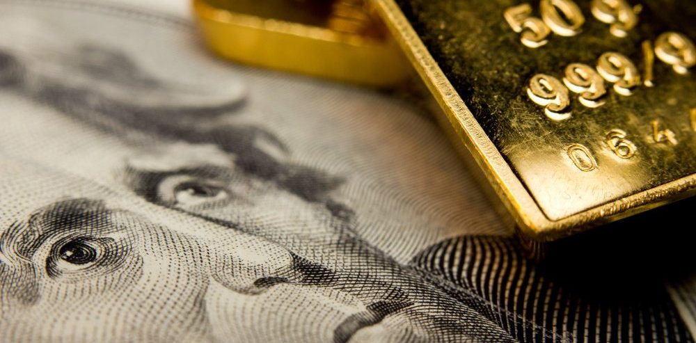 Gold Shines Near 6-Year Highs As Bullish Run Continues