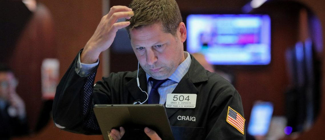 Dow Flat-Lines as U.S. Economy Shows Stability at the End of Q2