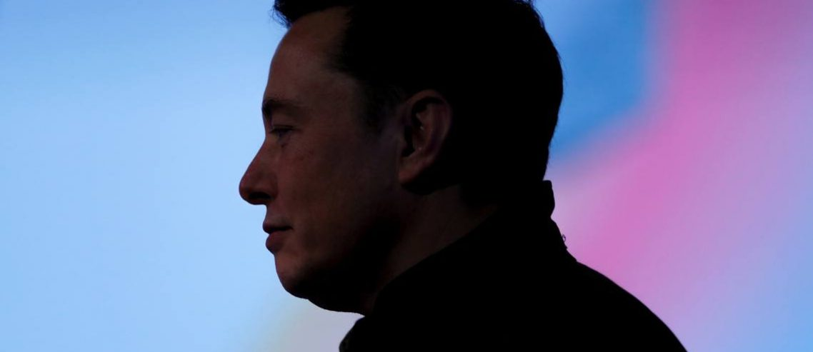 In Backing Elon Musk, Has This Legendary Fund Manager Lost His Mind?