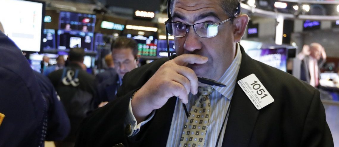 Dow Flat-Lines as Stock Market Awaits Vital Fed Decision