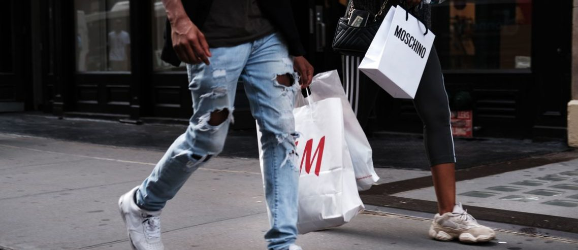 What Recession? Consumers Expected to Spend $1.1 Trillion This Holiday Season
