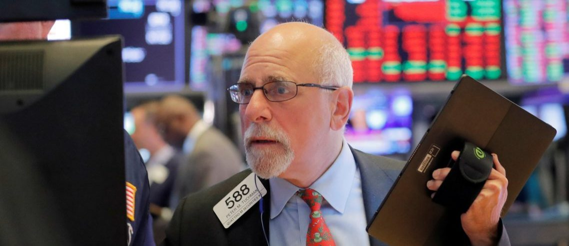 Dow Rises Defiantly as Dismal Manufacturing Data Threaten Economy