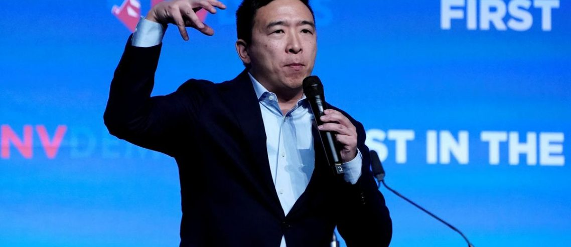 Dem Presidential Hopefuls Are Starting to Sound a Lot Like Andrew Yang