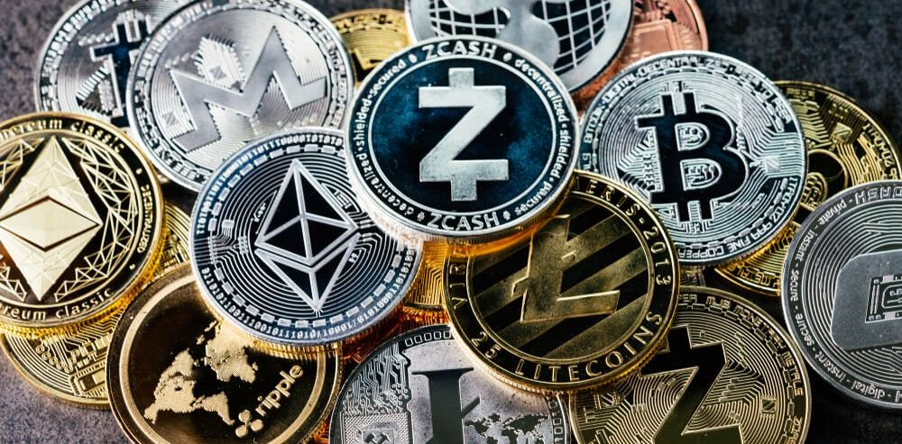 Altcoins Poised to Pull Off a Massive Life-Changing Rally: Analyst