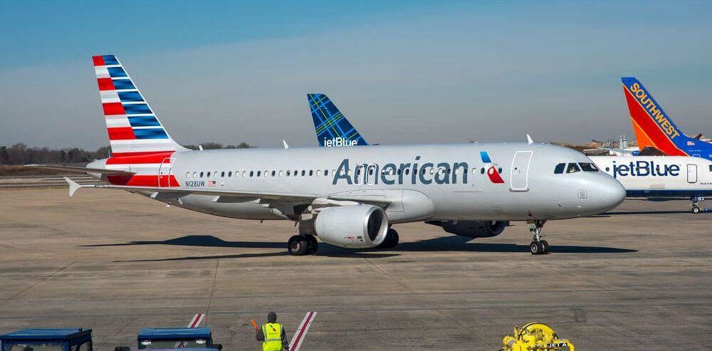 3 Reasons Airline Stocks Aren't Flying During Record Market Gains