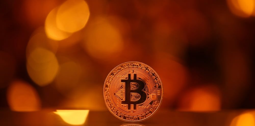 Big Crypto Recovery as EOS Surges 35%: Can Bitcoin Recover to $4,000?