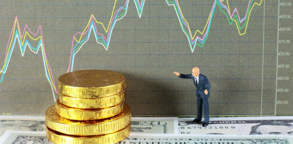 Bitcoin Price Significantly Outperforming the S&P 500 in December