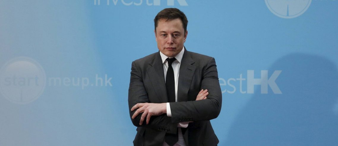 """Newsflash: Tesla Shares Nosedive After Major Analyst's Consensus Turns to """"Sell"""""""