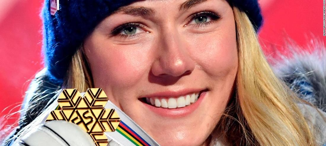 Lindsey Vonn: Mikaela Shiffrin 'in a league of her own'