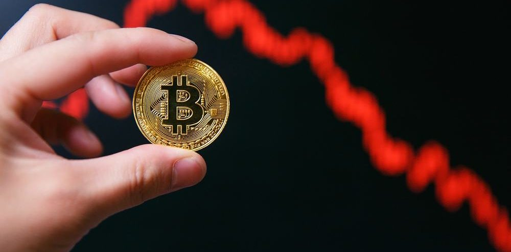 Bitcoin Price Crumbles Below $10,000 as Traders Fear Further Decline
