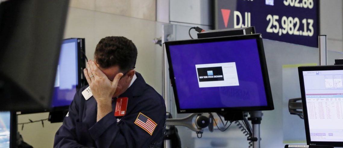 Dow Rocked as Wall Street Digests Rising Risk of No-Deal Brexit